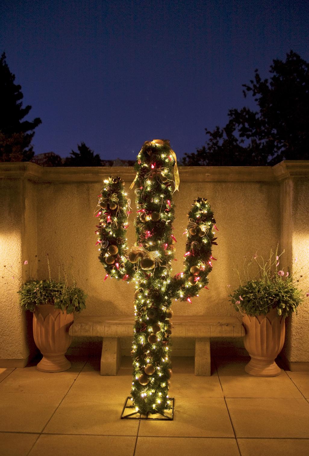 Christmas Trees As Art Sedonas Tlaquepaque Presents Festival Of Trees Arizona Travel