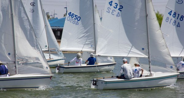 Seven fleet champions faced off in C14s at Tempe Town Lake for the 2013 Club Championship. Photos: Mike Ferring