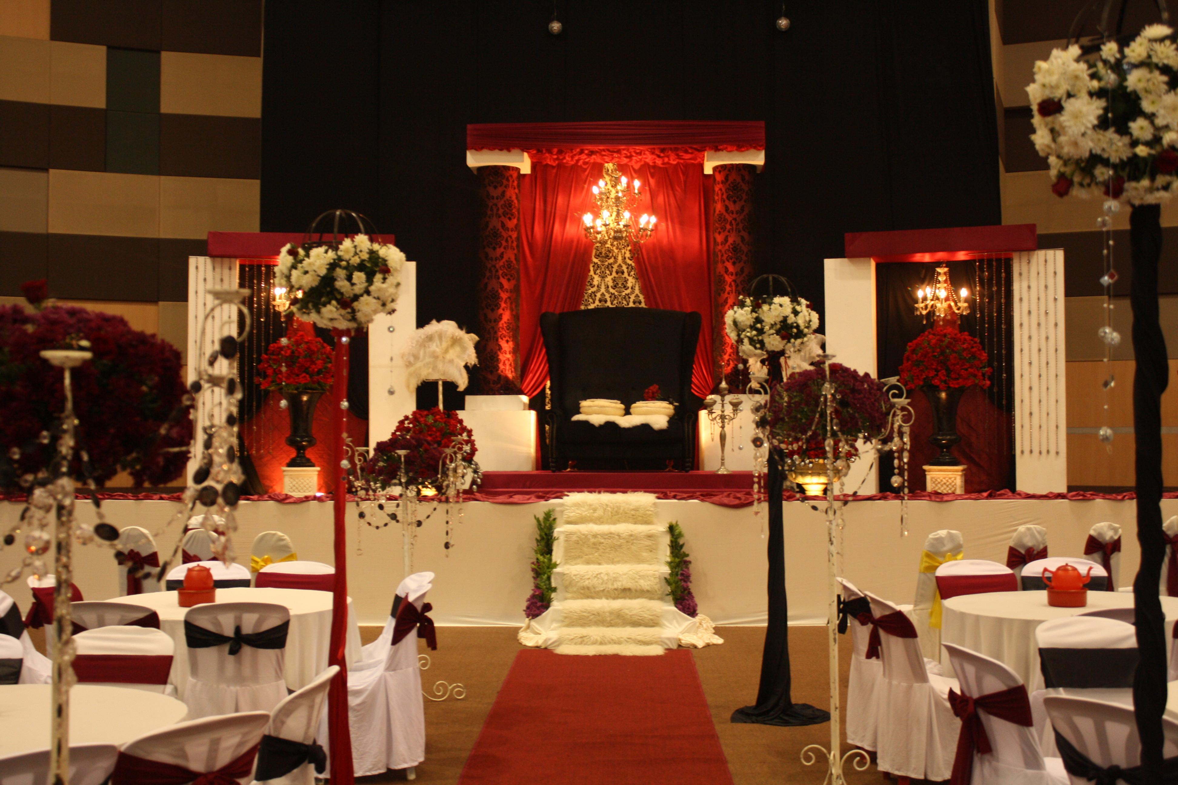 The Glam White Black  Red Wedding  Bukit Damansara  December 2009  ARJUNA CIPTA
