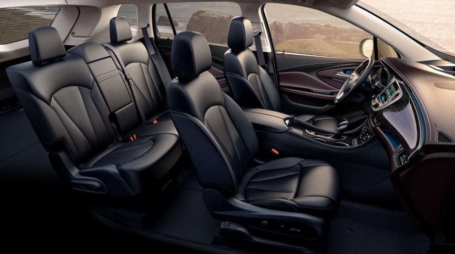 2016-buick-envision-north-american-market-interior-002
