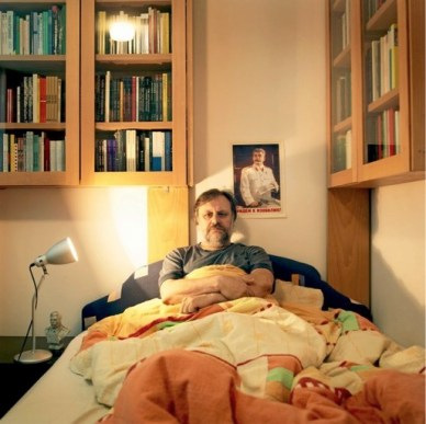 zizek_in_bed