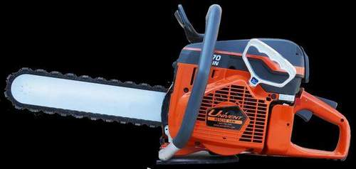 How to Breed Gasoline For a Husqvarna Chainsaw