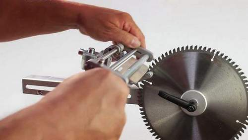 How to Sharpen a Disk For a Brush Cutter