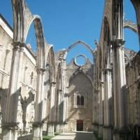 Convento do Carmo in Lisbon: the beauty in a ruin