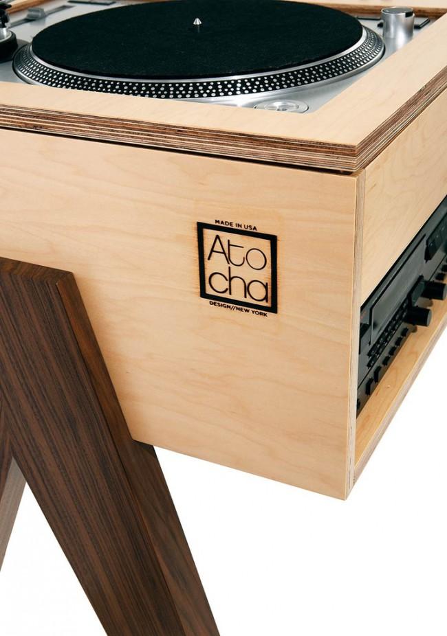 meuble minimaliste en bois pour platine vinyle
