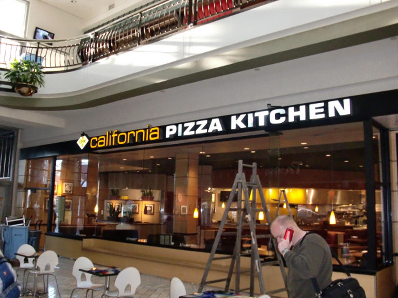California Pizza Kitchen  Ark Signs