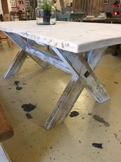 Vintage farmhouse table x leg