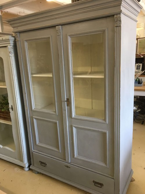 Cabinet Vintage Painted Cabinet/Cupboard From France