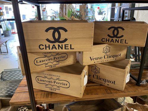 stencilled boxes laurent chanel veuve online P&P
