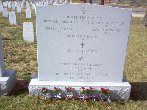 https://i0.wp.com/arlingtoncemetery.net/rdbriggs-valentines-day-2006.jpg
