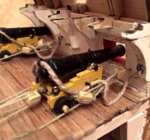 Пушки на батарейной палубе