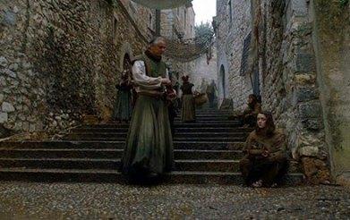Arya Stark en la Calle del Bisbe Josep Cartaña, cerca de la Catedral de Girona