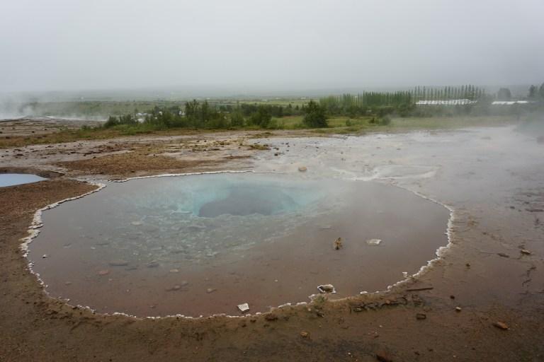 Área Geotermal Geysir, una de las maravillas naturales más imponentes de la ruta por Islandia.