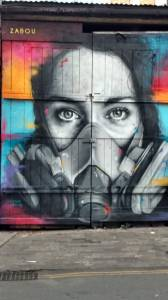 Otra obra de Zabou sobre Brick Lane St.