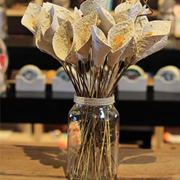 flores de papeis reciclados