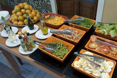 https://www.linkedin.com/company/libbra-marketing-e-inspiracoes-para-foodservice/