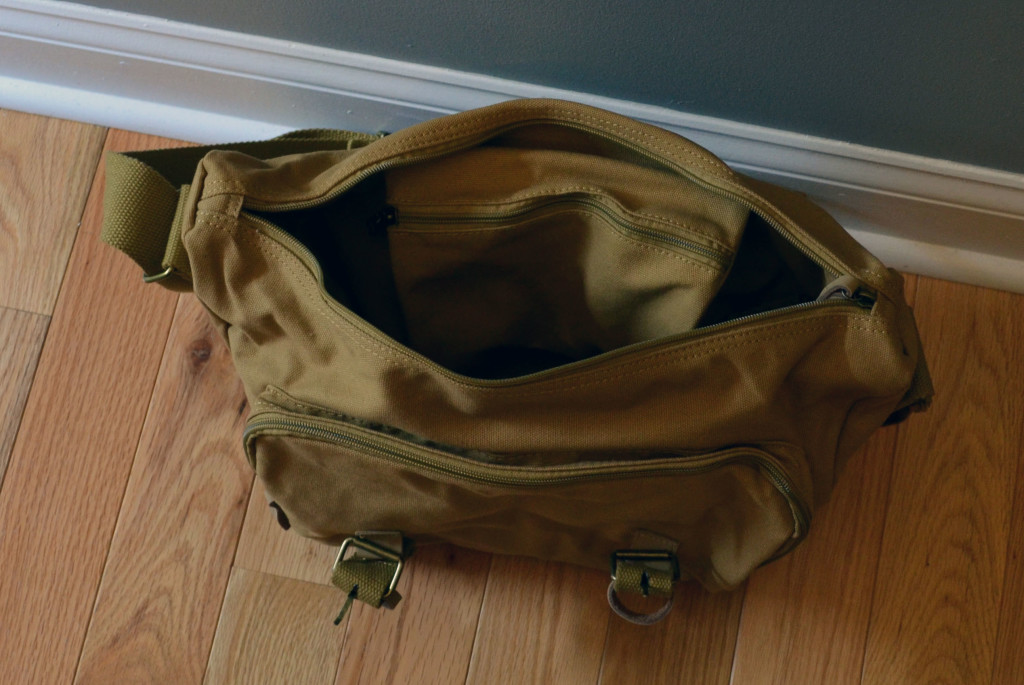If you don't use the insert, you get access to an interior pocket.