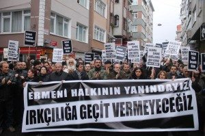 """Protest against anti-Armenian crimes in Samatya, Istanbul: """"We stand together with Armenians, we won't give way to racism."""" (Photo shared on Facebook by Halkların Demokratik Kongresi [HDK])"""
