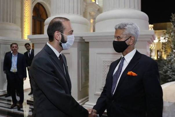 Armenian, Indian Foreign Ministers discuss regional and international security