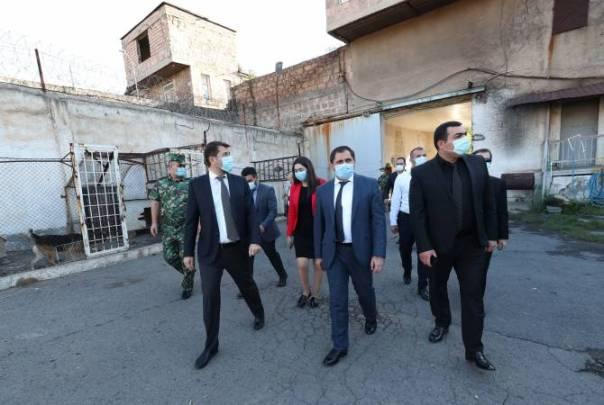 "Deputy PM Suren Papikyan visits ""Nubarashen""penitentiaryinstitution"
