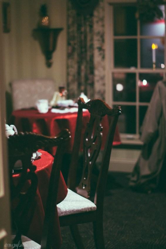 Inside Tea on the Tiber, during Midnight madness in Ellicott city, christmas celebration