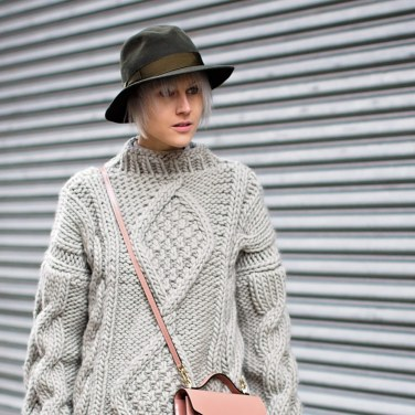 Linda Tol Street style grey and and beige fashion