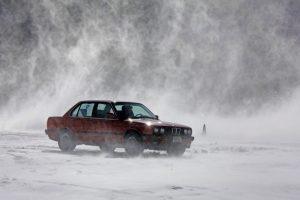 BMW E30 in Snow