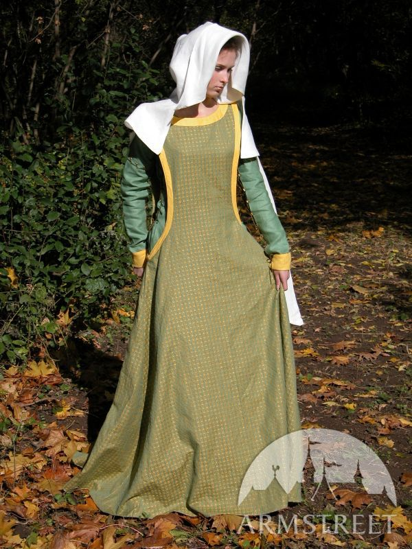 Medieval dress and surcoat with detachable and reversable