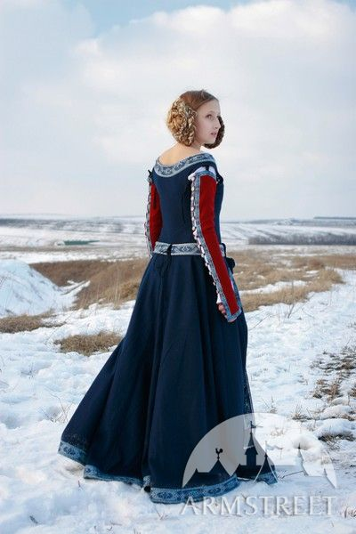 XIV century medieval noble wool dress with exclusive trim and embroidery for sale Available in