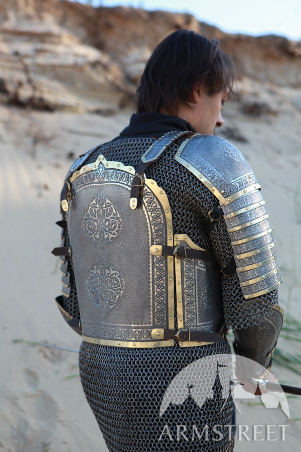 Eastern style functional armour kit cuirass pauldrons