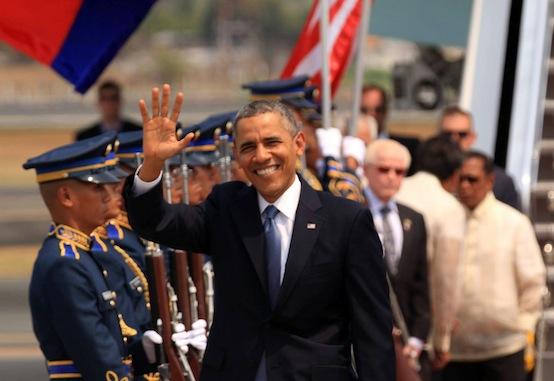 Obama-waves-Goodbye