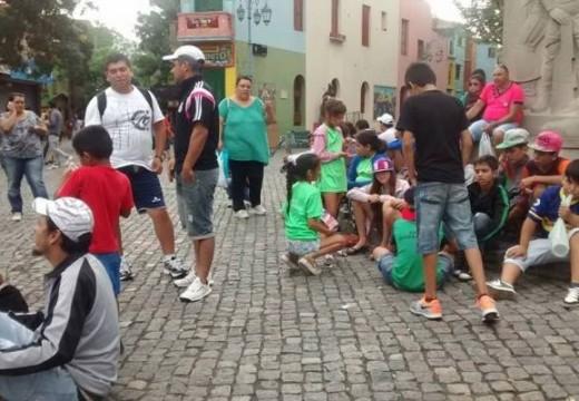 """""""100 parejenses pudieron conocer lugares emblemáticos de Buenos Aires"""""""
