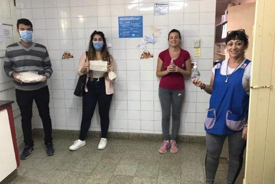 Cañada de Gomez. Municipio continúa con la entrega de barbijos y alcohol en gel a instituciones.