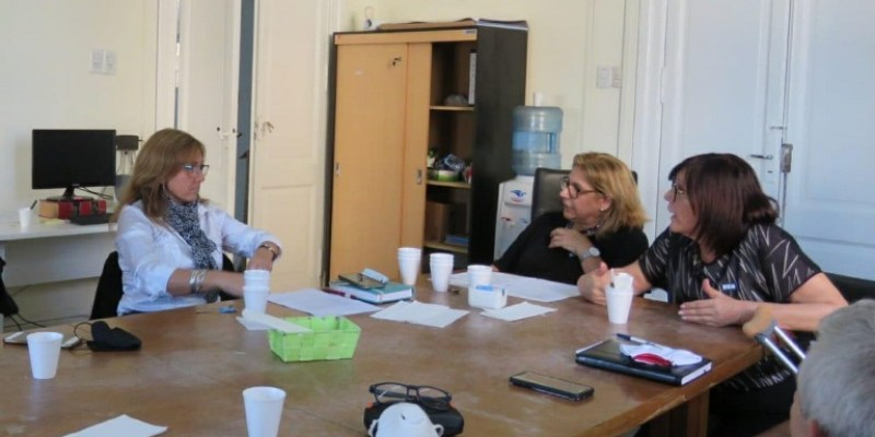 Los equipos de deporte y salud se reunieron para evaluar y abordar diversos protocolos.