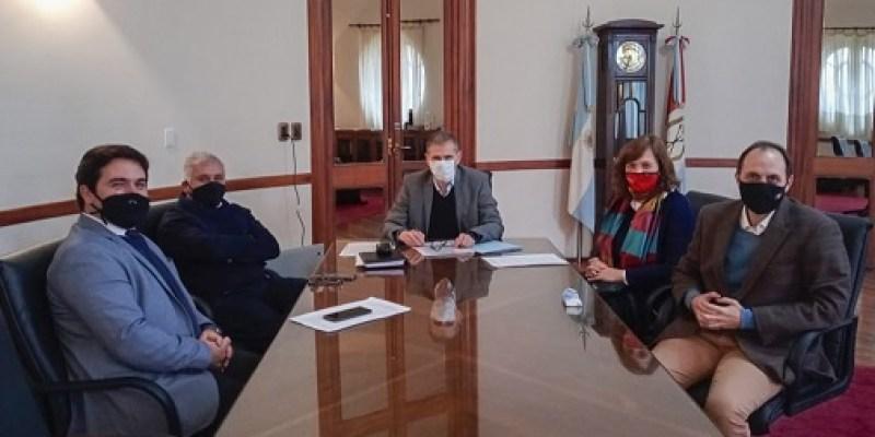 Reuniones en Santa Fe del Senador y la Intendente de Totoras.