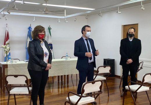 Firma de convenios entre localidades de Iriondo y la Inspección General de Personas Jurídicas.