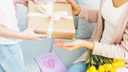La Provincia brindó consejos para la compra de regalos para el Día de la Madre.
