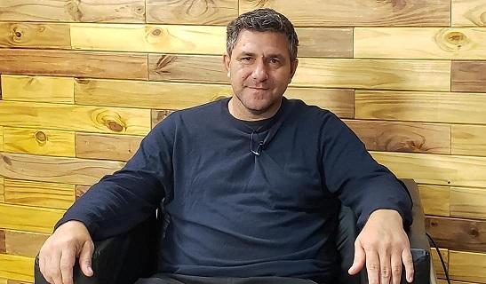 """Deliberando: Invitados Francis Marin de""""La Fermina"""" y Concejal Alejandro Pertusati (F.P.C.y S)."""