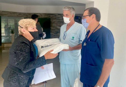 Cañada de Gómez. El municipio colabora con indumentaria para personal de salud del SIC.