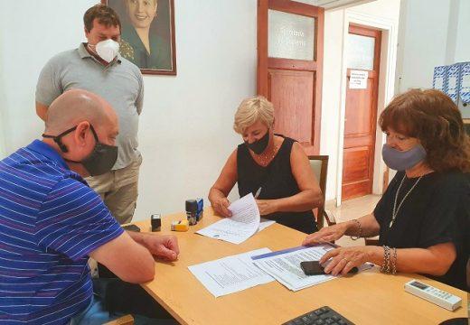Cañada de Gómez. Clérici firmó acta de inicio de obra de colector principal red cloacal barrios La Loma y El Progreso.
