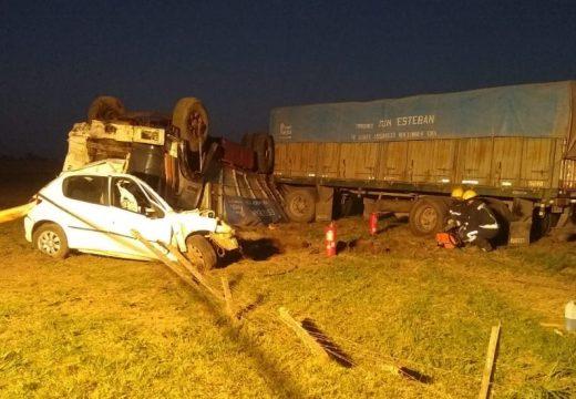 Las Parejas. Fatal accidente sobre la Ruta 9.
