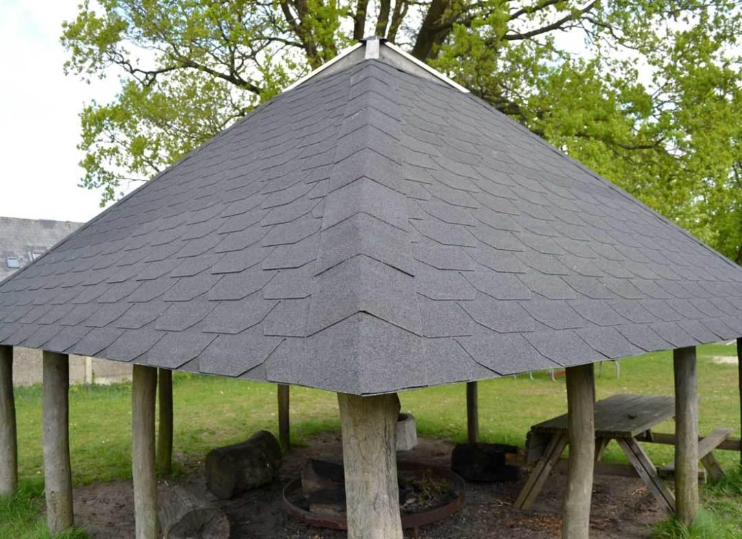 Bålplads med tag - Tømrer- & Snedkerfirmaet Arne Danielsen A/S