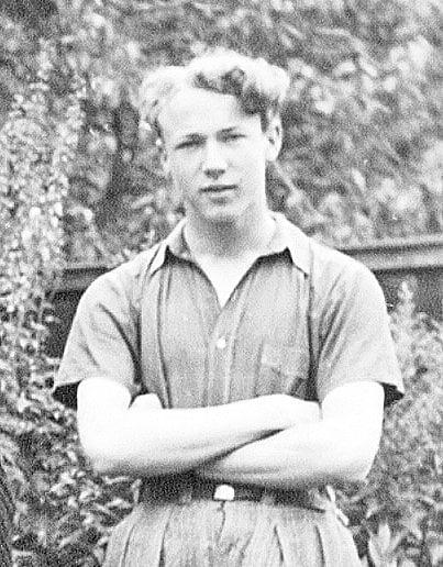 Bildet er tatt i Juni 1937, da arne var 16 år gammel.