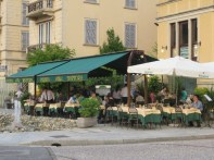 We had supper here across the street from Lake Como