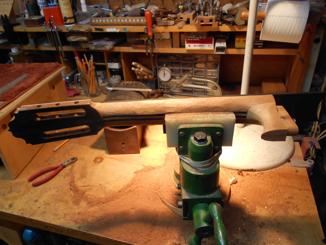 profiling the neck, arnie gamble, guitar maker, making the neck, guitar repair, sacramento, California,  Kline music, authorized martin service center, C. F. Martin repair,