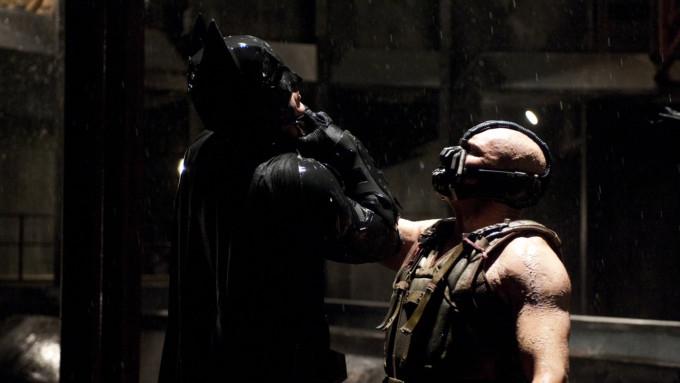"Bane vs Batman - Poder ""Novo"" versus o Velho."