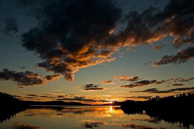 Sonnenuntergang am Kallsjön - Jämtland, Schweden