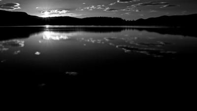 Sonnenuntergang am Nulltjärnarna, Vålådalen - Jämtland, Schweden