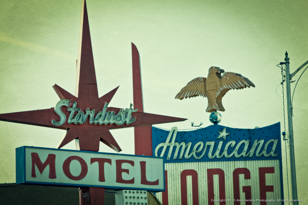 Stardust Motel and Americana Lodge Sign