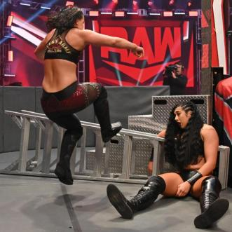 Women of the WWE – April 19-25